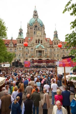 enercity swining hannover vor dem Neuen Rathaus