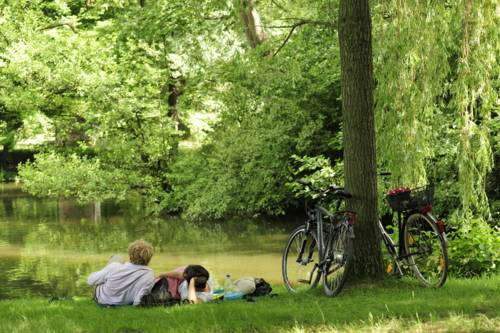 Fahrradfahrer im Georgengarten