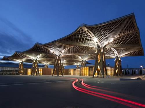 EXPO-Holzdach auf dem Messegelände