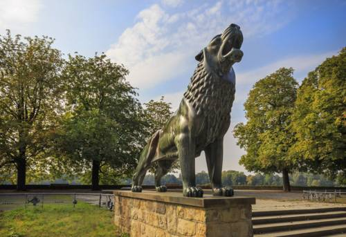 Löwenskulptur an der Löwenbastion