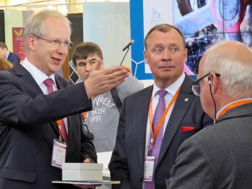 Oberbürgermeister Stefan Schostok und Alexey Orlov, Minister und Vize-Gouverneur der Region Sverdlovsk