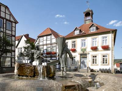Bad Münders Altstadt mit Söltjerbrunnen