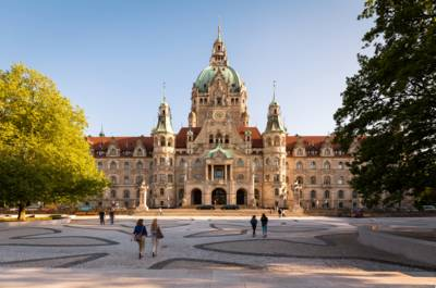 Neues Rathaus / Trammplatz