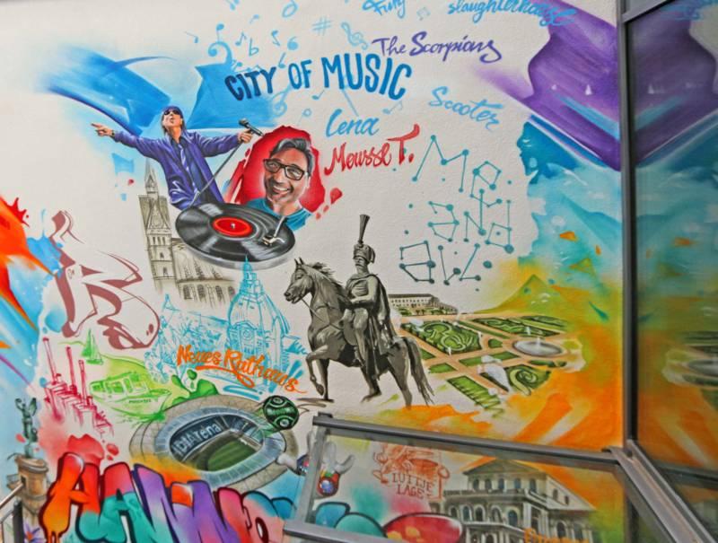 Graffiti am Aegidientorplatz - me and all hotel hannover