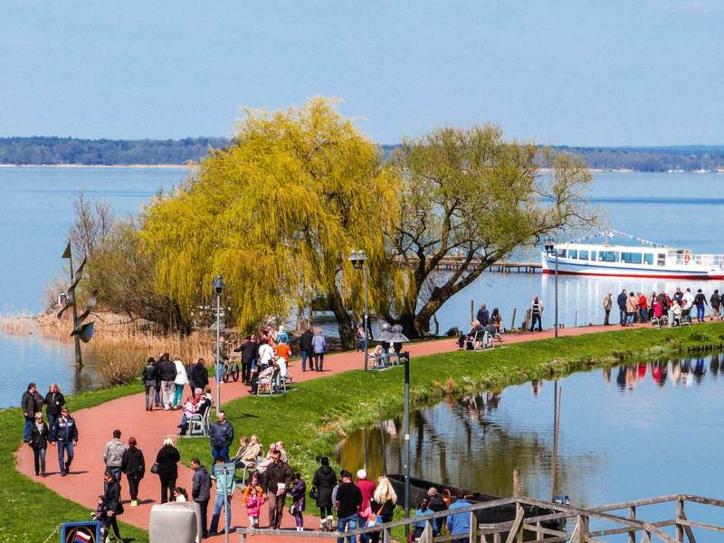 Uferpromenade in Steinhude