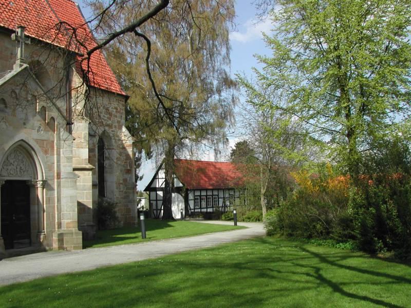 An der Klosterkirche