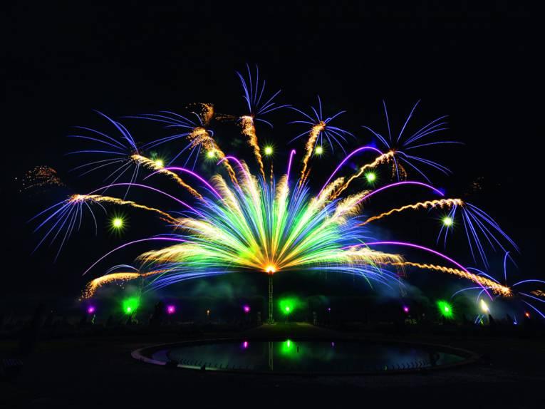 Feuerwerk Asien
