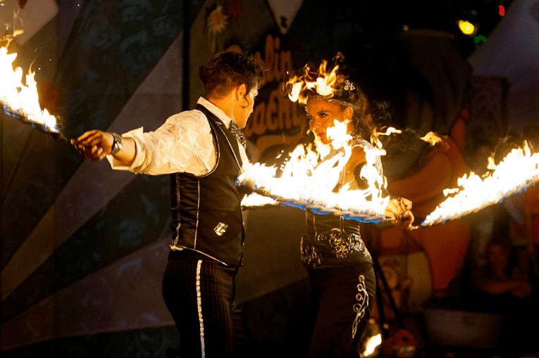 Sing & Swing - Feuershow