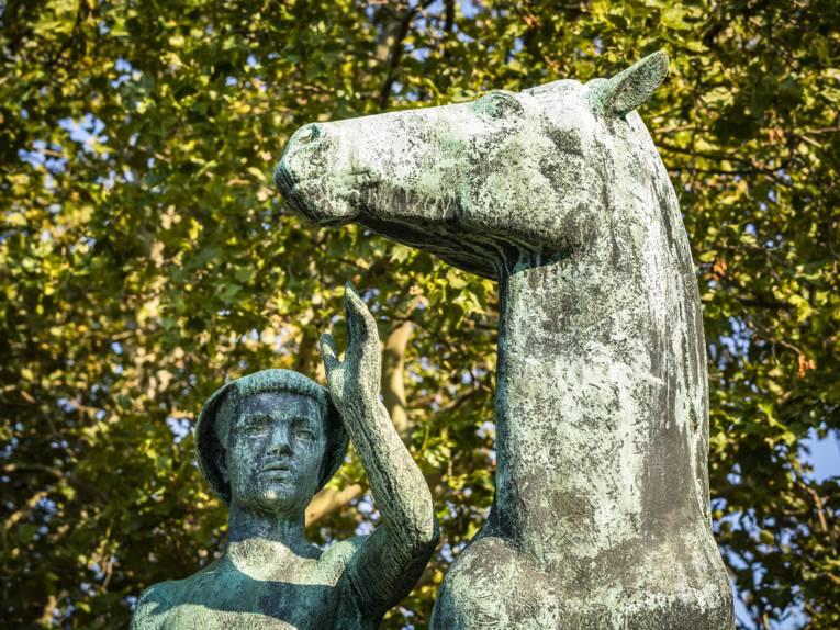 Hermann Scheuernstuhl | Mann mit Pferd