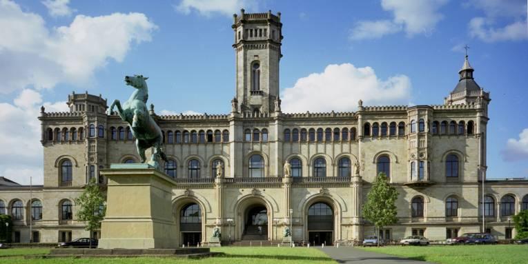 Leibniz Uni