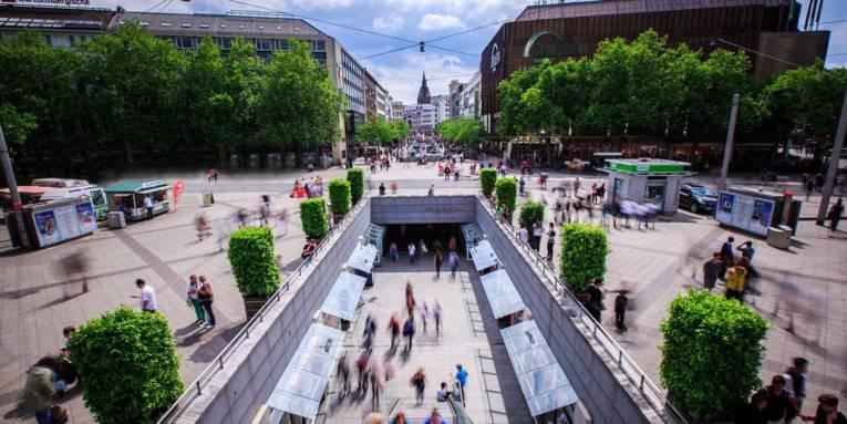 Niki de Saint Phalle Promenade / City centre