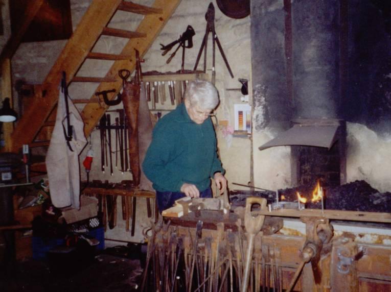 Blick auf die Feuerstelle im Heimatmuseum Helstorf.