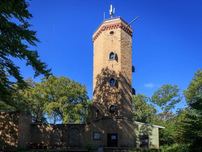 Niedersachsen. Klar. - Der Burgbergturm in Gehrden
