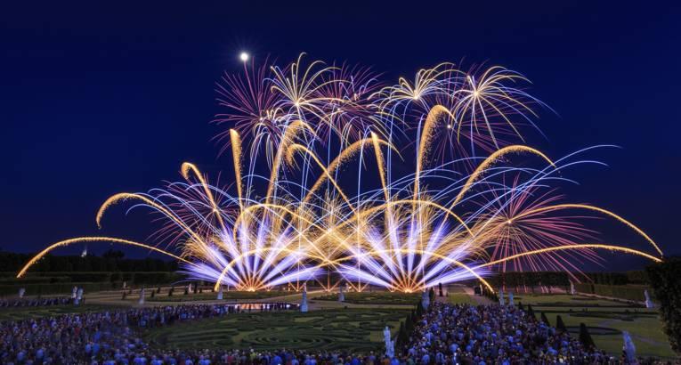 Ein Bild vom internationalen Feuerwerkswettbewerb.