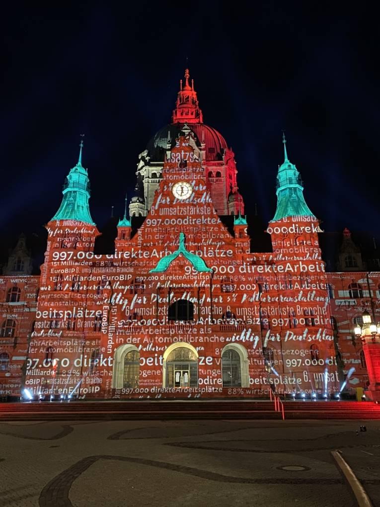 Neues Rathaus während der Night of Light