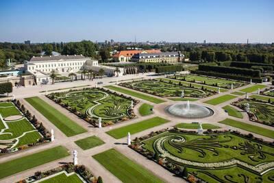 Royal Garden I Great