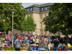 Flea market Hannover for children