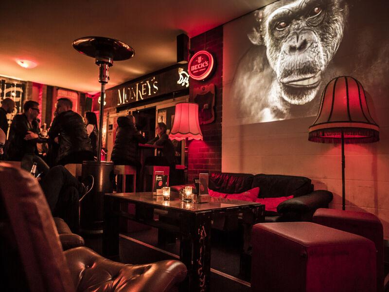 monkey s house electro nightlife visit hannover home nightlife. Black Bedroom Furniture Sets. Home Design Ideas