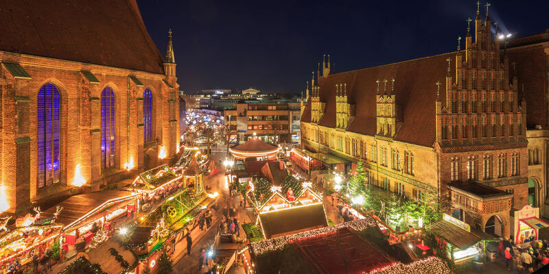 christmas market in the old town christmas market. Black Bedroom Furniture Sets. Home Design Ideas