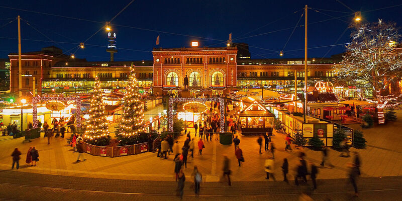 Christmas market main station