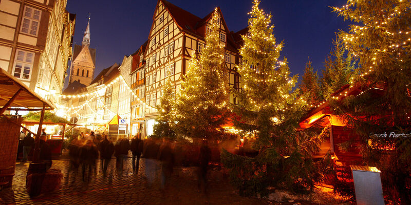 kerstmarkt in de historische binnenstad van hannover. Black Bedroom Furniture Sets. Home Design Ideas